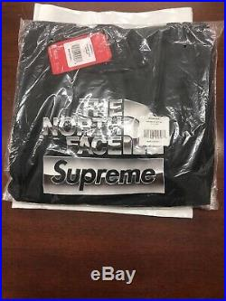 Box Logo Supreme North Face Metallic Hoodie Size Large Black DSNWT