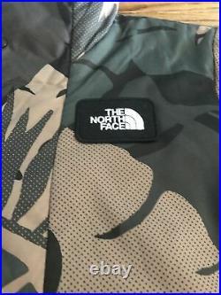 NWT Womens The North Face Mountain Shredshirt Jacket Camo Hoodie Medium