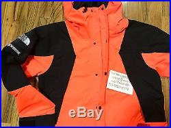 SUPREME THE NORTH FACE MOUNTAIN LIGHT TECH JACKET sz S hoodie box logo shirt t