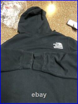 Supreme x The North Face Metallic Box Logo Hoodie Sweater Large