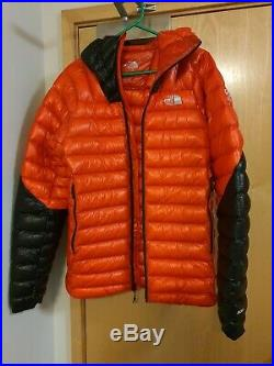 The North Face Summit L3 Down Hoodie In Red And Black size M