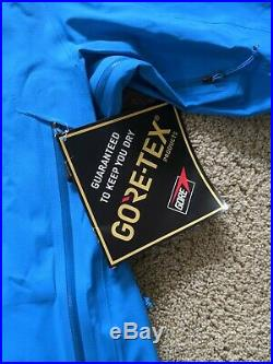 The North Face Summit Series Gore-Tex Pro Jacket. Men's Size M Med